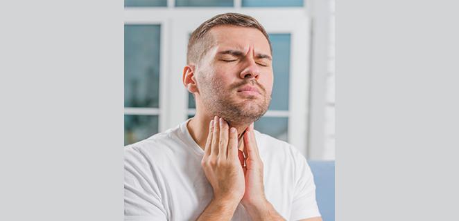 التهاب البلعوم والحنجرة