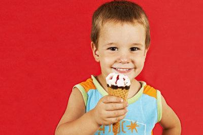 البوظة أو المثلجات و أثرها على الطفل