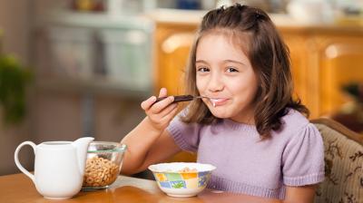 أهمية وجبة الافطار لطلاب المدرسة