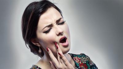 الم الأسنان و استعمال المضاد الحيوي