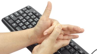 الإصبع الزنادية