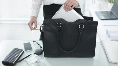 حقيبتك قد تشكل خطراً عليكِ