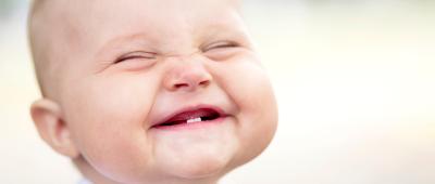 عرفوا اطفالكم بطبيب الاسنان