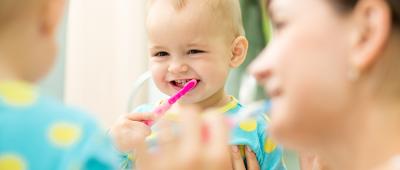 متى يبدا الاهل بمراجعة طبيب اسنان الاطفال