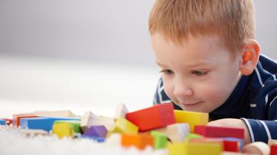 التأخر اللغوي عند الاطفال