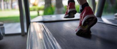 اهمية رياضة المشي ٣٠ دقيقة يوميا