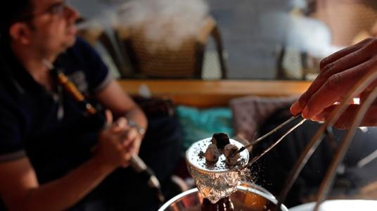 خطورة تدخين الارجيلة