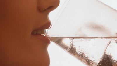 اشرب الماء قبل الاكل