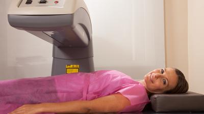 يجب الكشف عن هشاشة العظام فى السيدات بعد انقطاع الدورة الشهرية