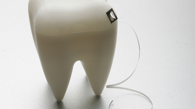 الخيوط الطبية للاسنان