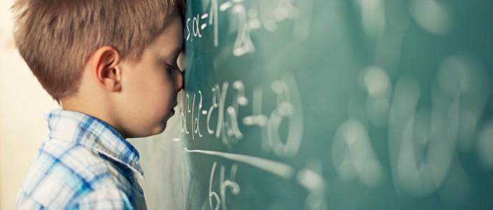 هل اختبار الذكاء التقليدي كافٍ لتشخيص صعوبات التعلم؟