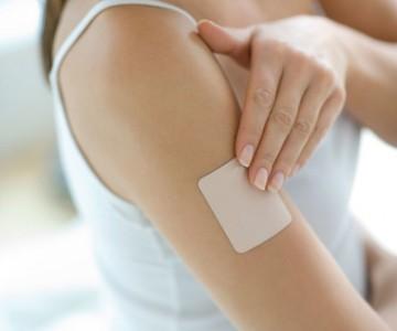 كل ما تحتاجين معرفته عن أضرار لصقات منع الحمل الطبي