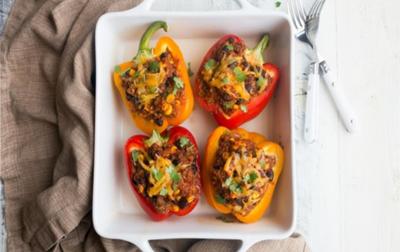 وصفة افطار صحية: الفليفلة المحشوة بالكينوا والدجاج