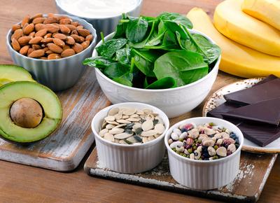 الأطعمة والمكملات الغذائية الغنية بالمغنيسيوم