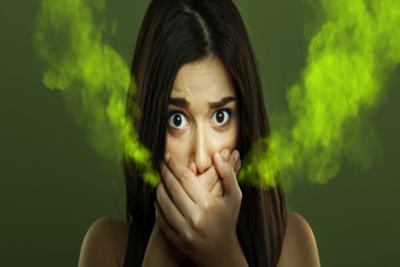 كيف تتخلص من رائحة الفم الكريهة ؟