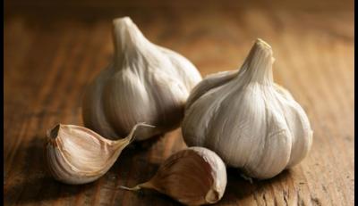 علاج ضغط الدم المرتفع بالثوم
