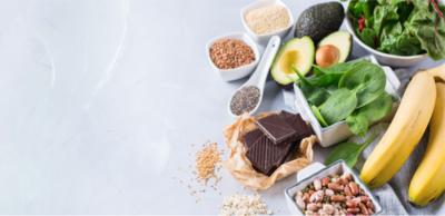 الأطعمة المناسبة لتخفيف القلق والضغط النفسي
