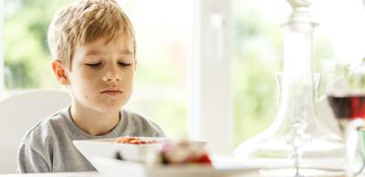 كيف نتعامل مع الطفل فاقد الشهية؟