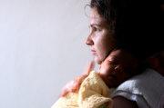 الاضطرابات المزاجية للأم بعد الولادة (الوضع)