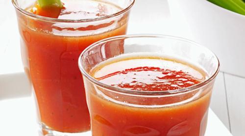 عصير الطماطم لخفض ضغط الدم