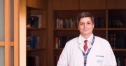 الدكتور Kayıhan ENGIN