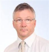 الدكتور اندرو تيرينس هيندل