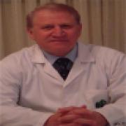 الدكتور أحمد رياض شققي