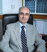 د. أيمن محسن ضحية