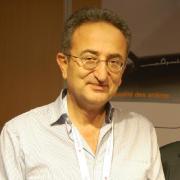 الدكتور عبد المجيد حلاب