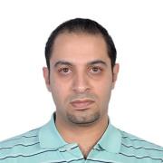 الدكتور احمد الدم