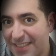 الدكتور الصيدلاني محمد نوار