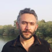 الدكتور صفوان علي