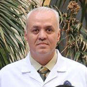 الدكتور انس احمد مرزوق