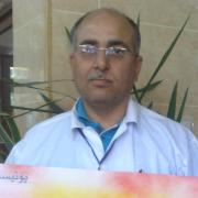 الدكتور احمد بكور
