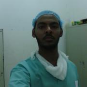 الدكتور ايمن بابكر حسين
