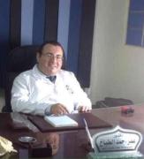 الدكتور عمر الطباخ