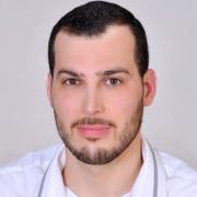 الدكتور مصعب محمد العيسى