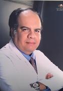 الدكتور احمد سمير حسني