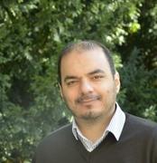 الدكتور احمد سمار