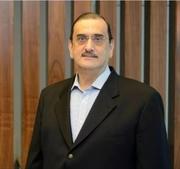 الدكتور عامر الشربجي اخصائي في جراحة دماغ و اعصاب و عمود فقري