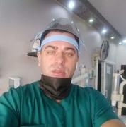 الدكتور باجس منصور عضيبات اخصائي في طب اسنان