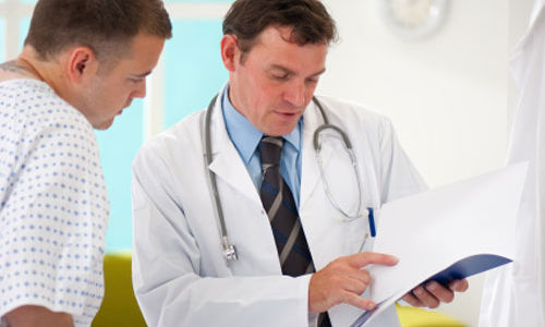 انخفاض التستوستيرون مرتبط بدوالي الخصيه