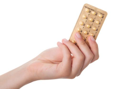 اعتماد حبوب تنظيم النسل بشكل مُستمر يُقلل من شدة الألم المرافق لدورة الحيض