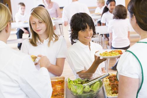 زيادة عدد الوجبات اليومية والمحافظة على الوزن لدى الطلاب