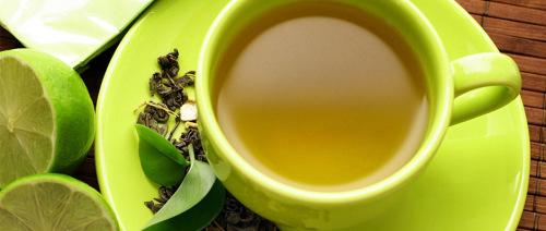 الشاي الأخضر يساعد في منع الزهايمر و قد يحمي ضد السرطان