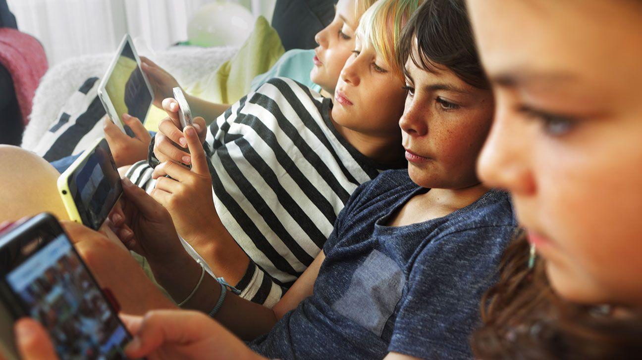 لعبة فورت نايت وفرط الحركة وتشتت الانتباه عند الاطفال