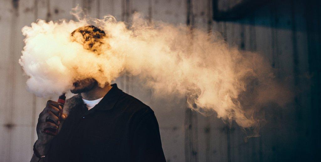 كيف يؤدي المبخر الإلكتروني Vape إلى تسمم الأطفال؟