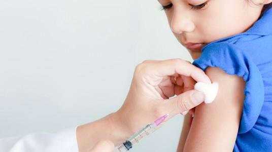 آخر التوصيات في تطعيمات الاطفال