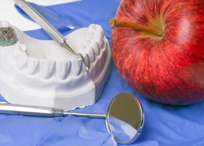 أمراض اللثة والاسنان عند النساء