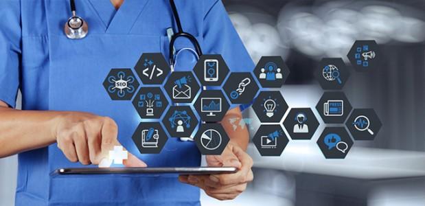 مميزات تطبيقات الاستشارات الطبية عبر الإنترنت